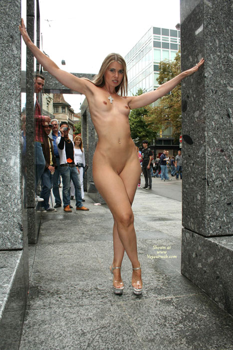 Girls public nude exhibitionist